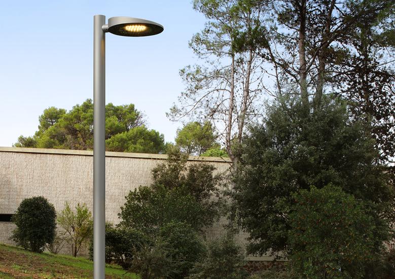 Urbidermis - Slope street light - pole