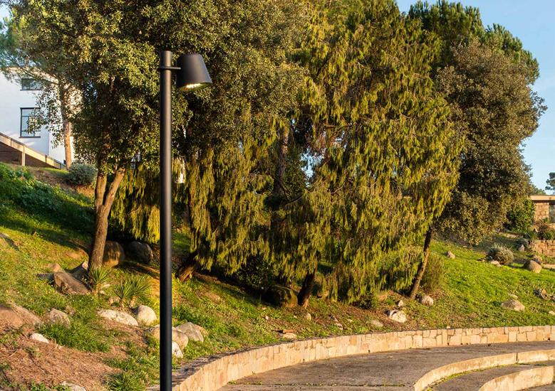 Urbidermis Tumbler Pole