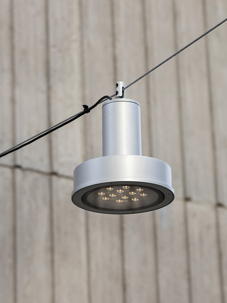 Arne S catenary light by Uribidermis Santa & Cole