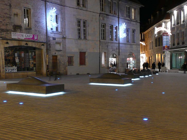 LEC Lyon - Brunei - Light Bar