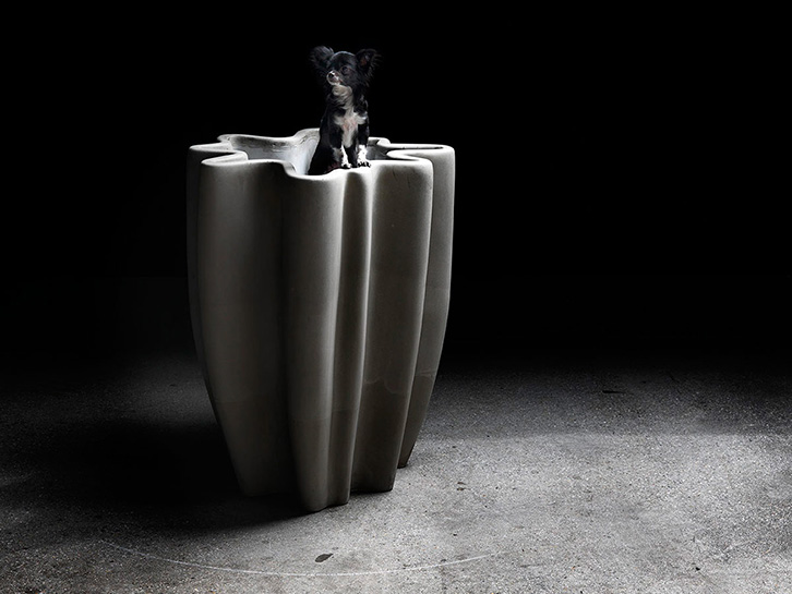 Meander - Concrete-vase